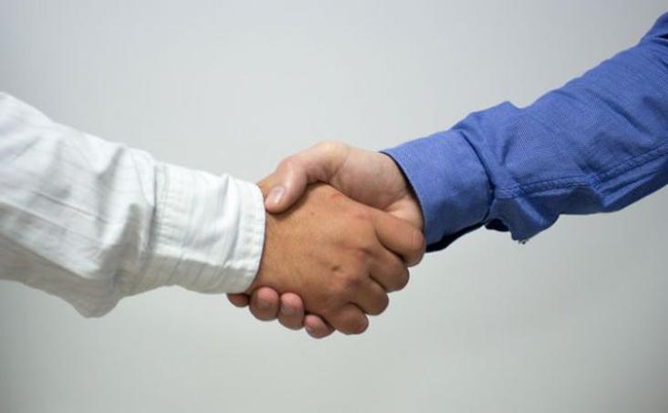 barreras culturales en las negociaciones Te explico cómo es el mercado, estructura empresarial y la mentalidad de tus interlocutores y clientes triunfa en reuniones y negociaciones, eventos empresariales o sociales en entornos internacionales, superando las barreras culturales.