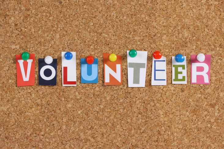 5 ways volunteering can help you find a job and advance your career